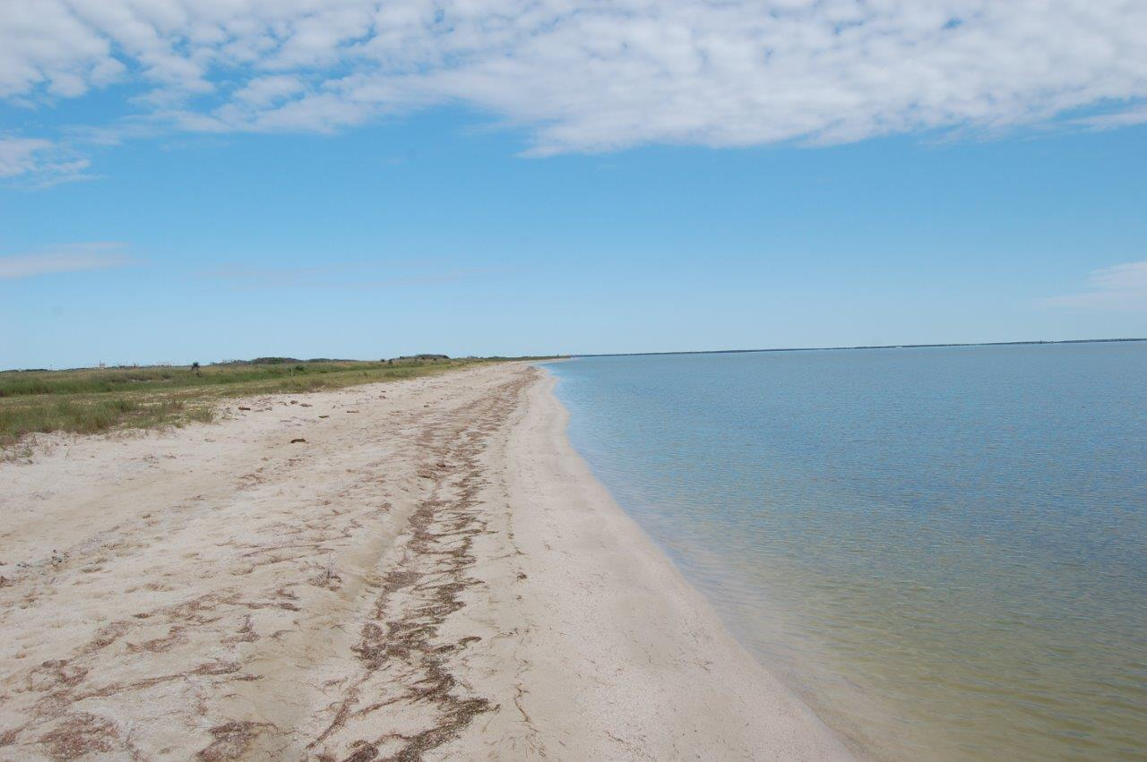 294_Sand-and-Water-Edge